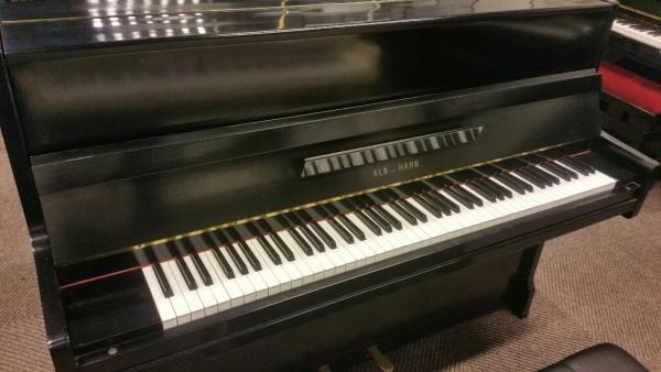 Alb Hann B10 piano mat zwart