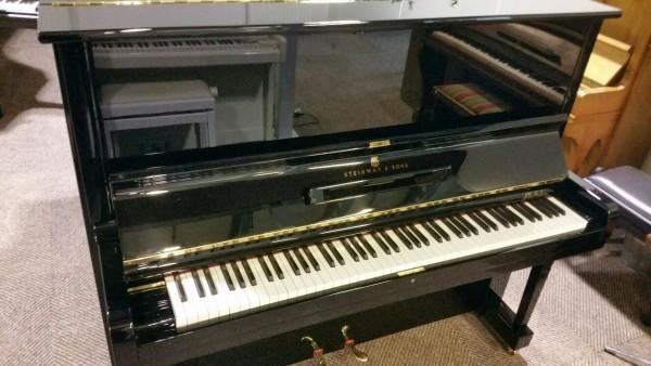 Steinway piano gerestaureerd1