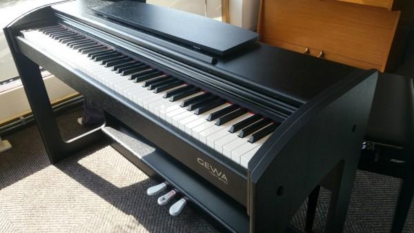 GEWA digitale piano 240