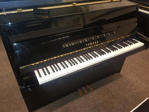 Yamaha C109 piano