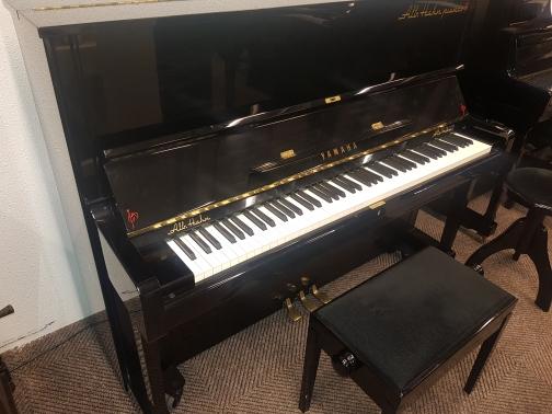 Yamaha U1 occ. piano
